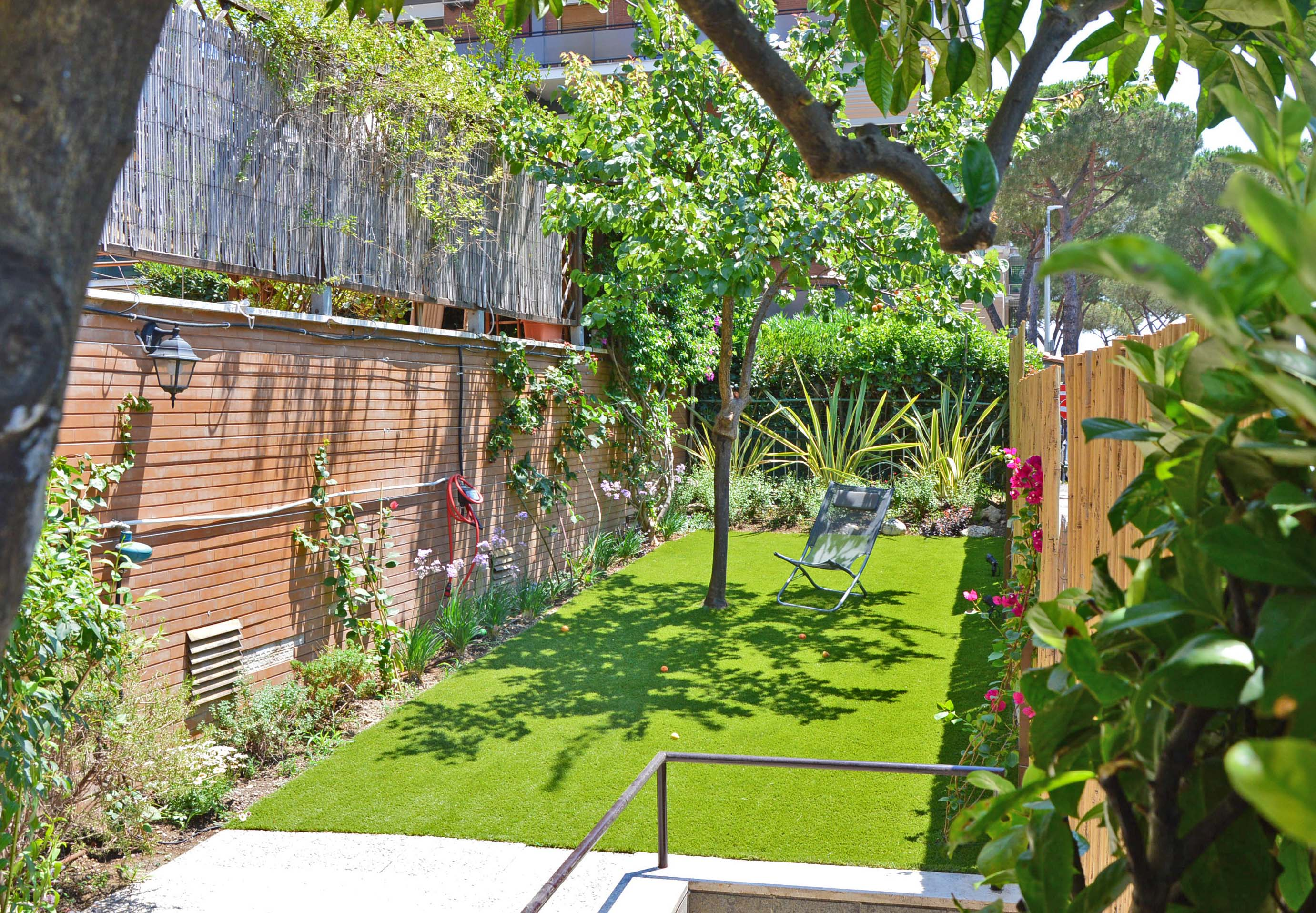 Good piccolo giardino in citt home giardini piccolo - Giardino piccolo foto ...